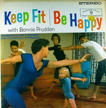 Fitness im Fitnessstudio mit Personal Trainer