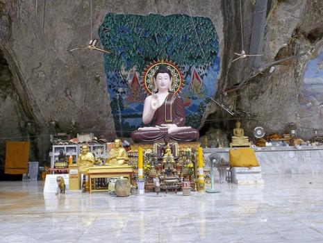 MarinaYoga - Tiger Cave Tempel Krabi