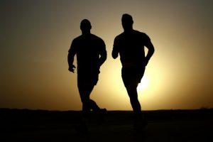 Personal Trainer im Team mit den körperlichen UND mentalen Kräften